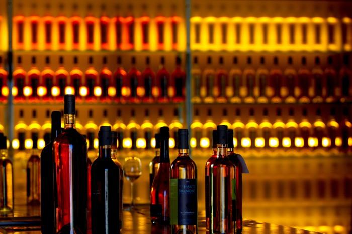 bar a vin Cassis